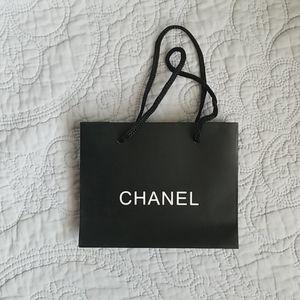 CHANEL Bags - 💚5/$20💚 Chanel Shopping Bag Small